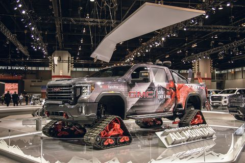 Land vehicle, Vehicle, Car, Motor vehicle, Auto show, Automotive design, Pickup truck, Automotive tire, Tire, Truck,