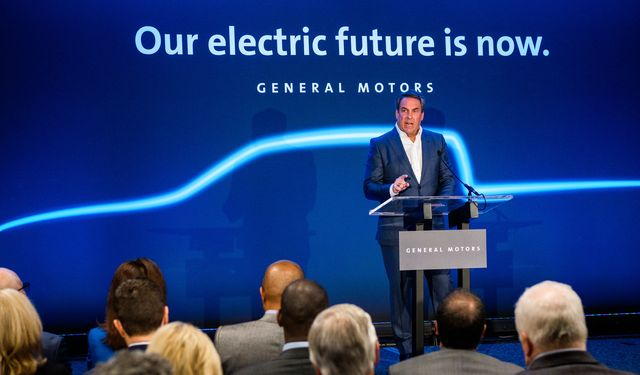 general motors president mark reuss announces monday, january 27, 2020, a 22 billion investment at its detroit  hamtramck mi assembly plant to produce a variety of all electric trucks and suvs gm's first all electric truck will be a pickup with production scheduled to begin in late 2021 the cruise origin, a shared, electric, self driving vehicle unveiled by cruise in san francisco last week will soon follow detroit hamtramck will be gm's first fully dedicated electric vehicle assembly plant photo by steve fecht for general motors