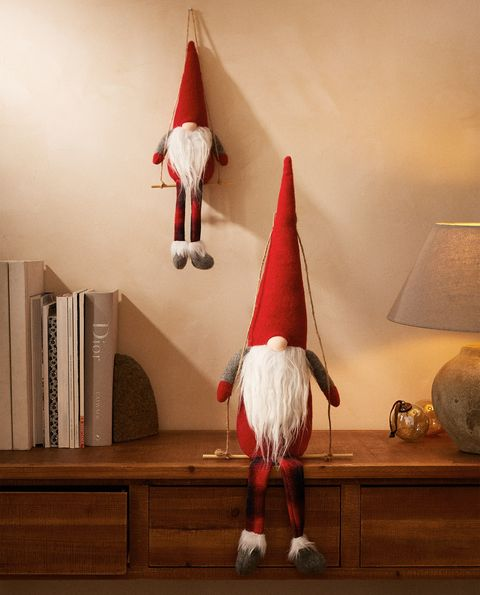 figura de un gnomo de navidad