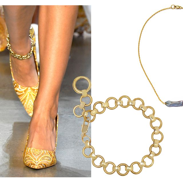 Jewellery, Fashion accessory, Body jewelry, Chain, Finger, Leg, Necklace, Hand, Anklet, Gold,