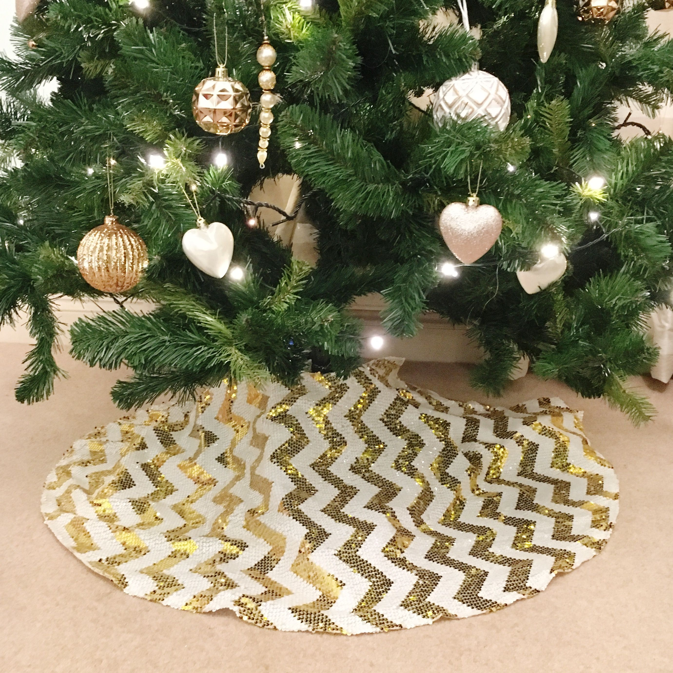 Best Christmas Tree Skirts Wicker Gold Silver Faux Fur