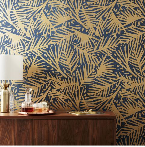 15 Chic Gold Wallpapers