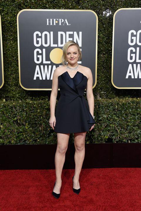 Nemmeno il red carpet dei Golden Globe 2019 è rimasto indenne alle bucce di banana, scivoloni di stile-assente- su parecchi look e scelte cromatiche, mettiti comoda, ne vedrai delle belle.