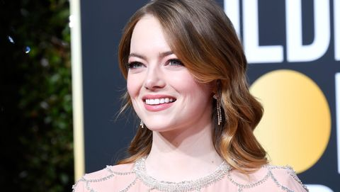 Emma Stone's Nude 2019 Golden Globes Dress Has the Internet Going Nuts