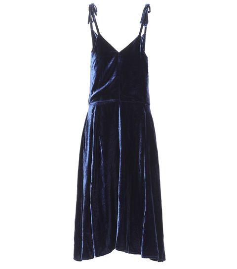 Clothing, Dress, Day dress, Cocktail dress, Black, Velvet, One-piece garment, Little black dress, Textile, Formal wear,