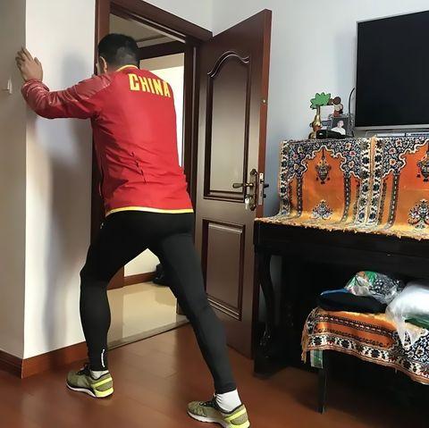marathon runner miles in living room