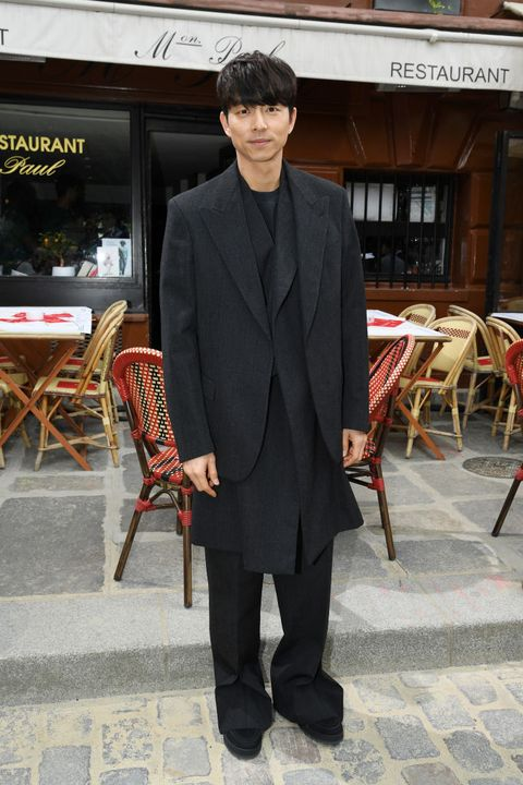 louis vuitton  front row   paris fashion week   menswear springsummer 2020
