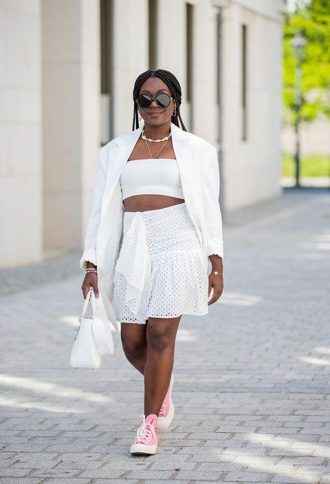 le gonne estive più sexy sono quelle a balze, scopri le gonne estate 2021 cioè i modelli di gonnellone e gonnelline a balze da indossare ora