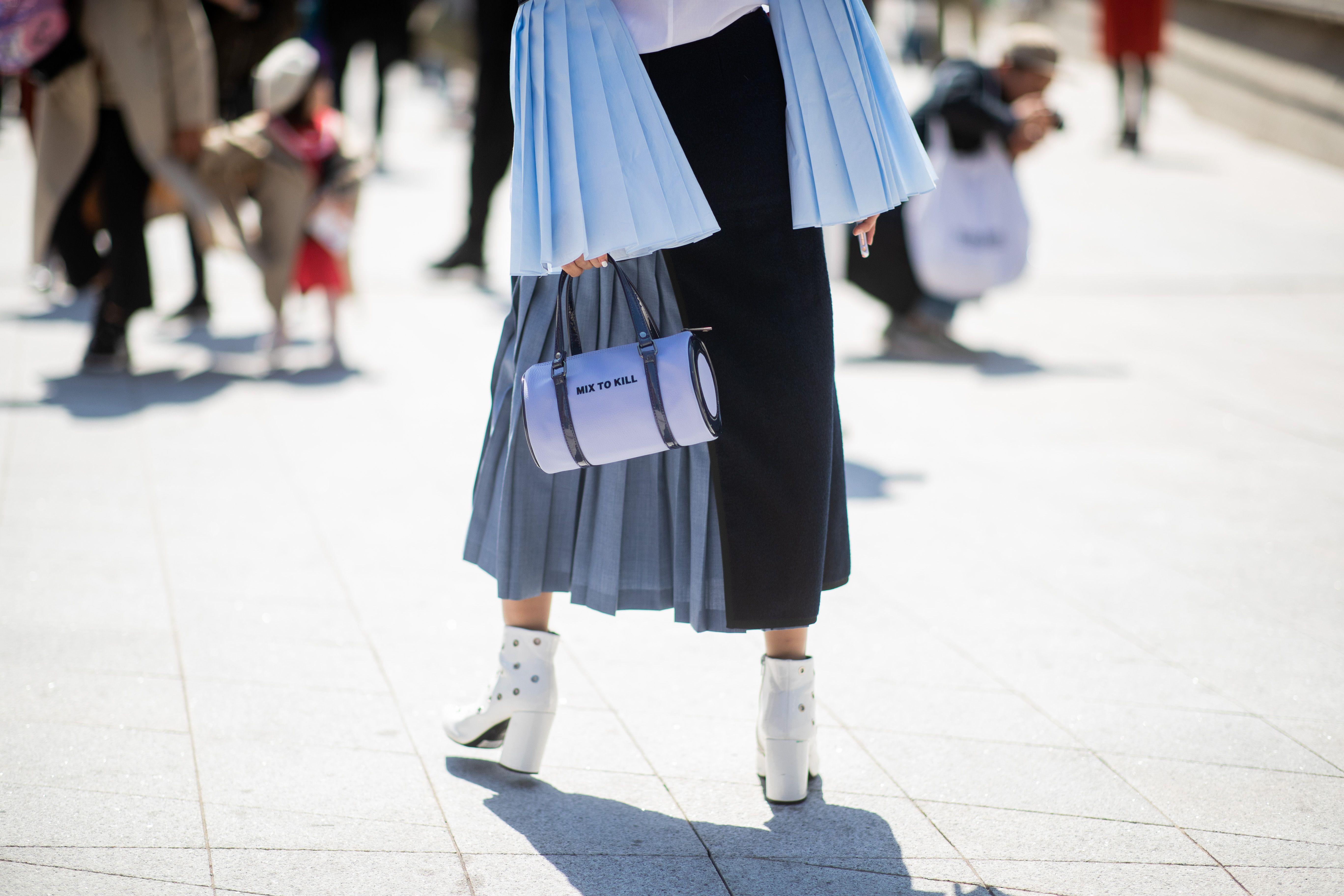 Gonna moda 2019: il modello a ruota plissettato è tendenza