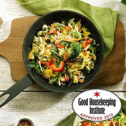 Dish, Food, Cuisine, Salad, Ingredient, Vegetable, Stir frying, Karedok, Wok, Leaf vegetable,