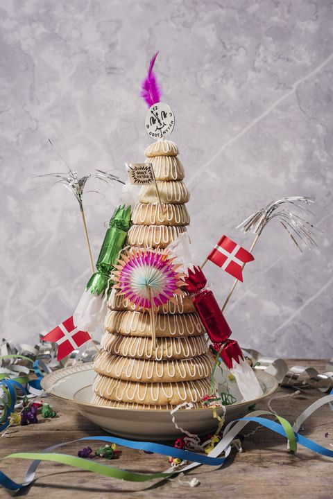 good luck foods for the new year kransekage