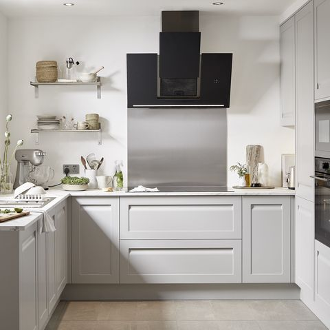 The Est To A Kitchen, B Q Kitchen Cabinets Clearance