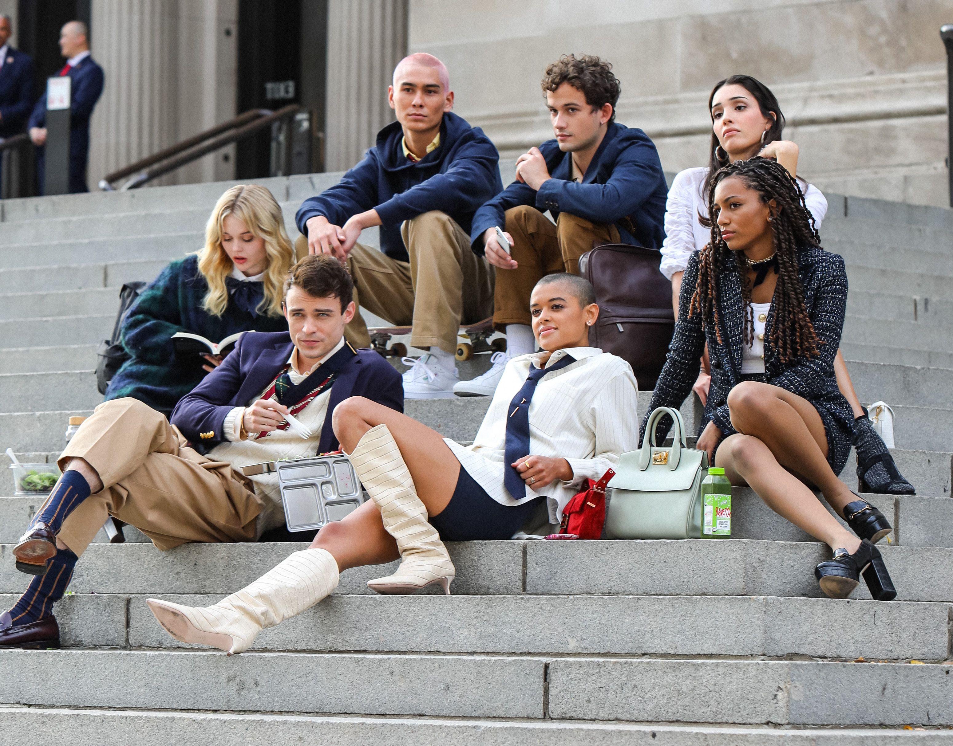 Le prime immagini del reboot di Gossip Girl sono destabilizzanti (ma rimaniamo fiduciosi)