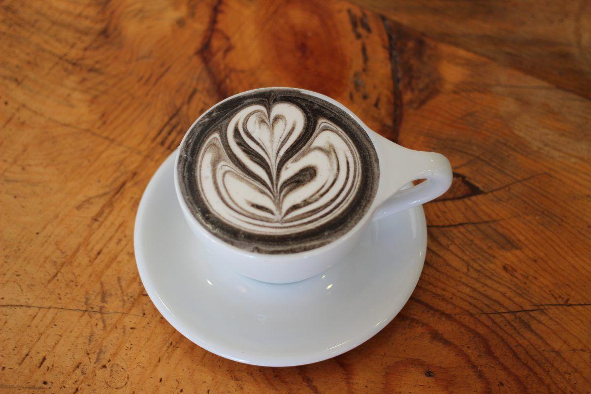 La nuova colazione si fa con un cappuccino nero