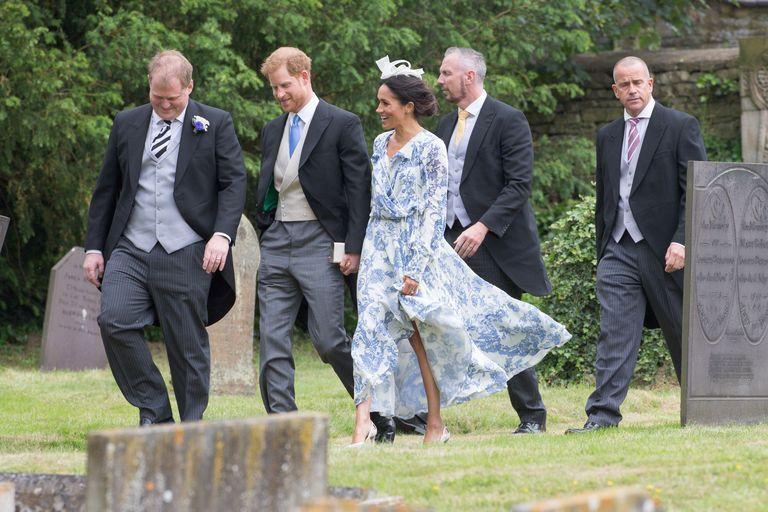 Meghan Markle wedding guest dress - Meghan Markle wore a Marks ...