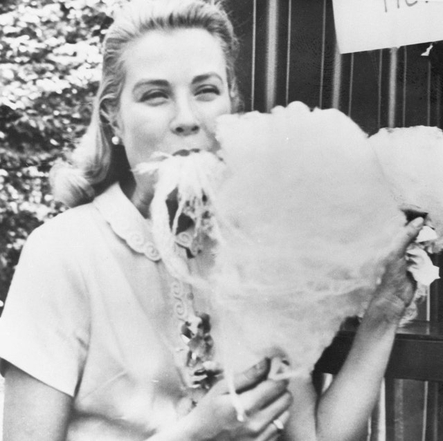 grace kelly with cotton candy