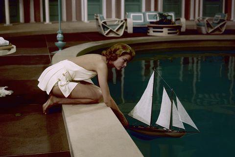 grace kelly piscina pelicula barco