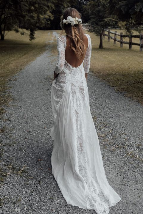 30 Winter Wedding Dresses For Your Nuptials In 2020