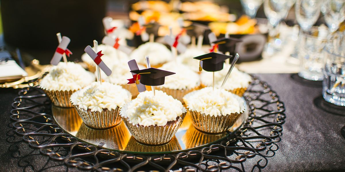 The Guest of Honor Will Love These Awesome Graduation Party Ideas