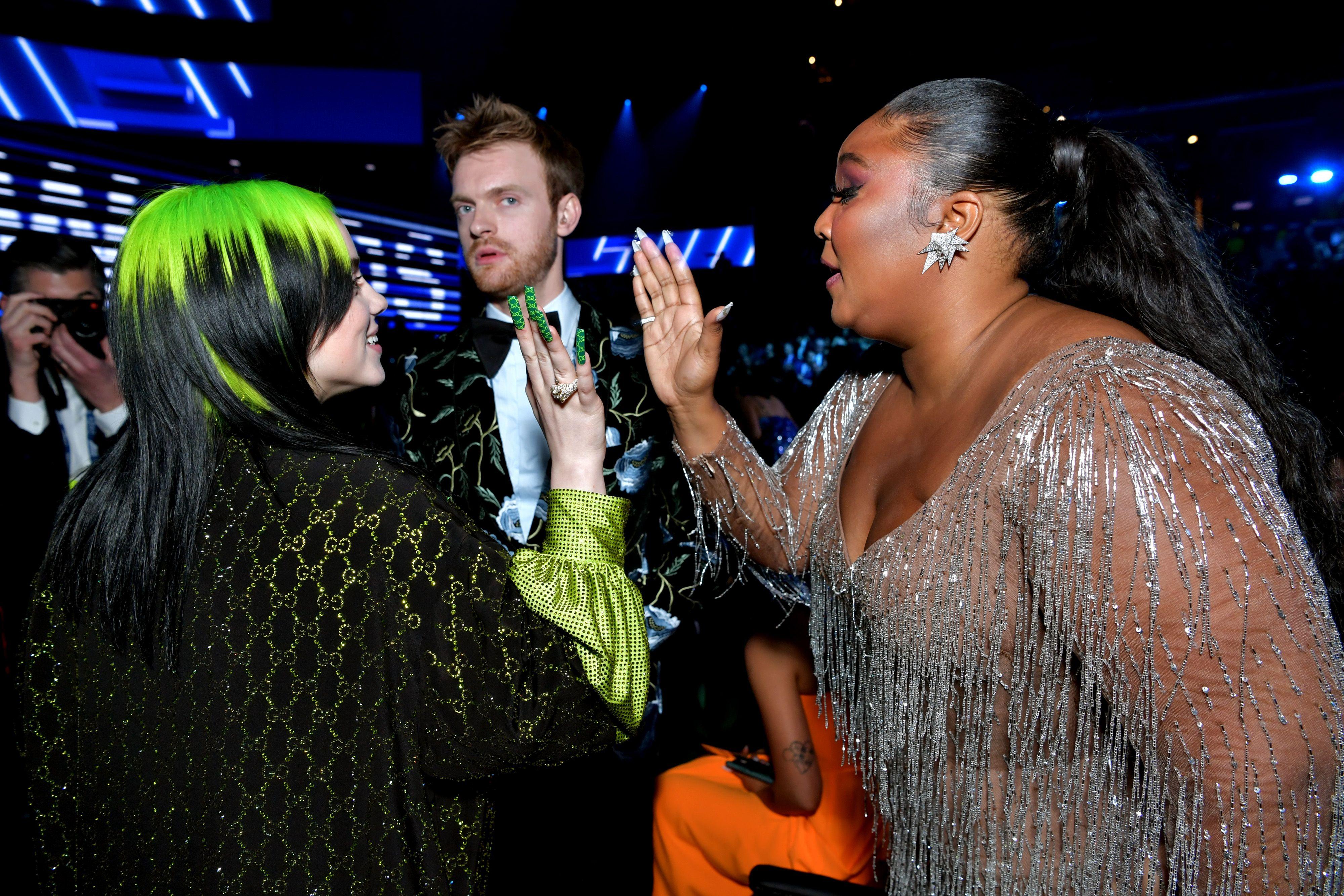 I look più belli e i momenti più intensi dei Grammy Awards 2020, visioni di tendenze moda e potenza dell'arte