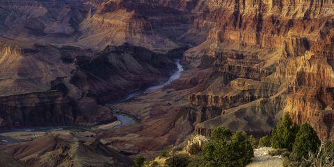 Natural landscape, Mountainous landforms, Plateau, Mountain, Formation, Geology, Terrain, Valley, Bedrock, Fault,