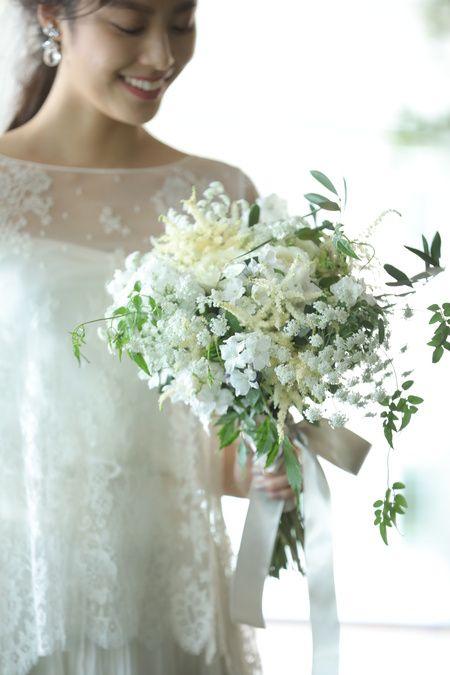 グランド ハイアット 東京(grand hyatt tokyo)ブライダルフェア ブーケを持つ花嫁