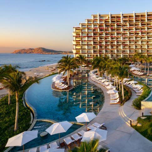 Resort, Building, Property, Swimming pool, Real estate, Condominium, Hotel, Mixed-use, Resort town, Vacation,