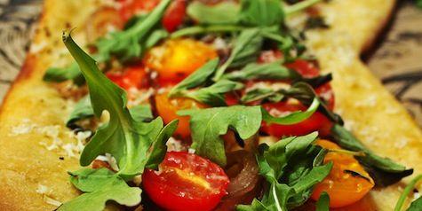grape-tomato-pizza-pixo-ck-1.jpg