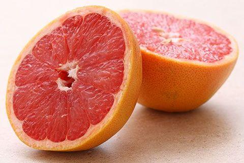 グレープフルーツ,健康,効果的,11の理由,栄養価,抗酸化作用,免疫システムの維持,栄養士 解説,5 a day 運動,グレープフルーツは栄養価が高い
