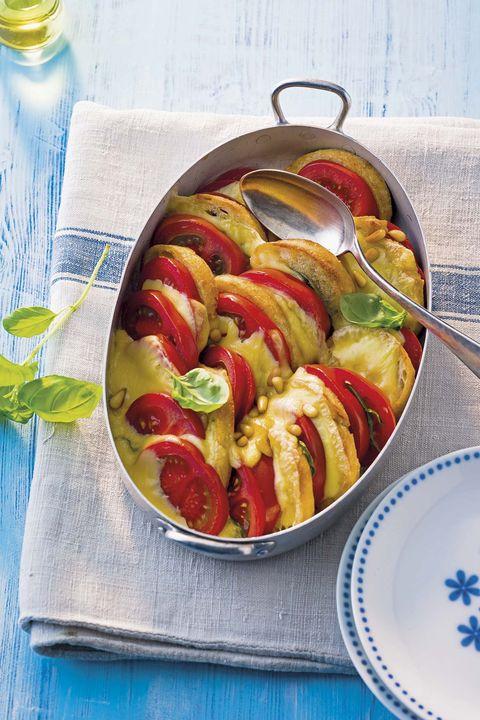Gratinado de tomates y pan