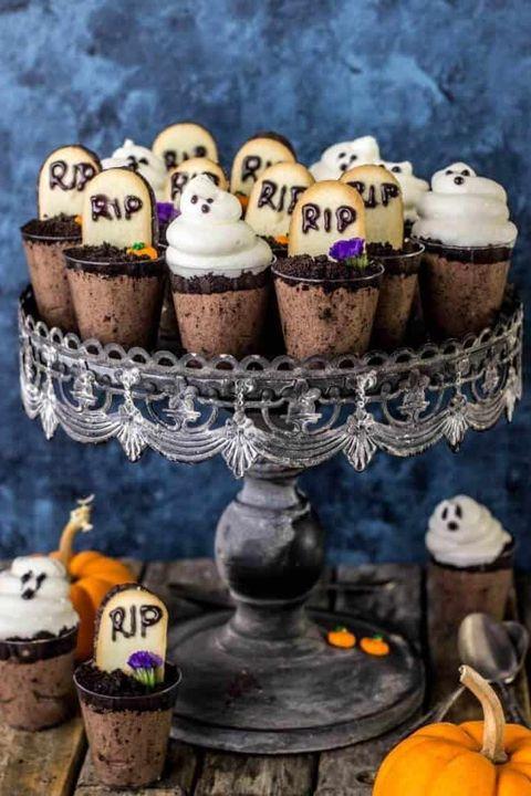 halloween graveyard shooter desserts