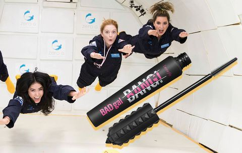 Beauty director Maura Lynch tries new mascara from Benefit in zero-gravity experience.