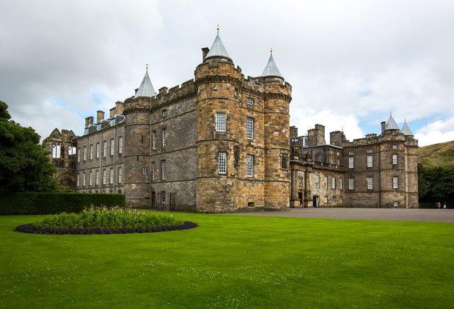 great britain scotland edinburgh the palace of holyroodhouse