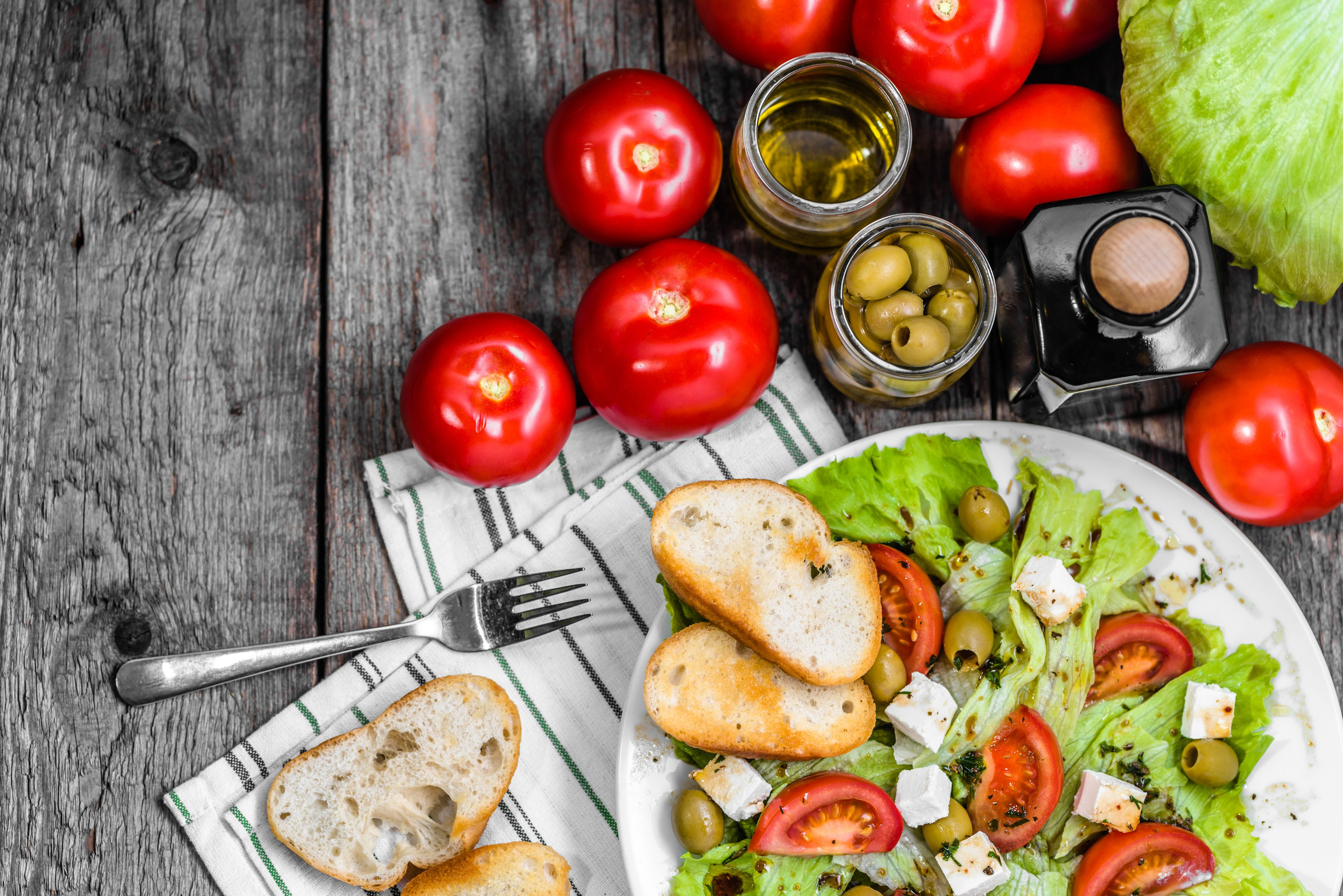 What Is The Mediterranean Diet? - How to Follow The Best