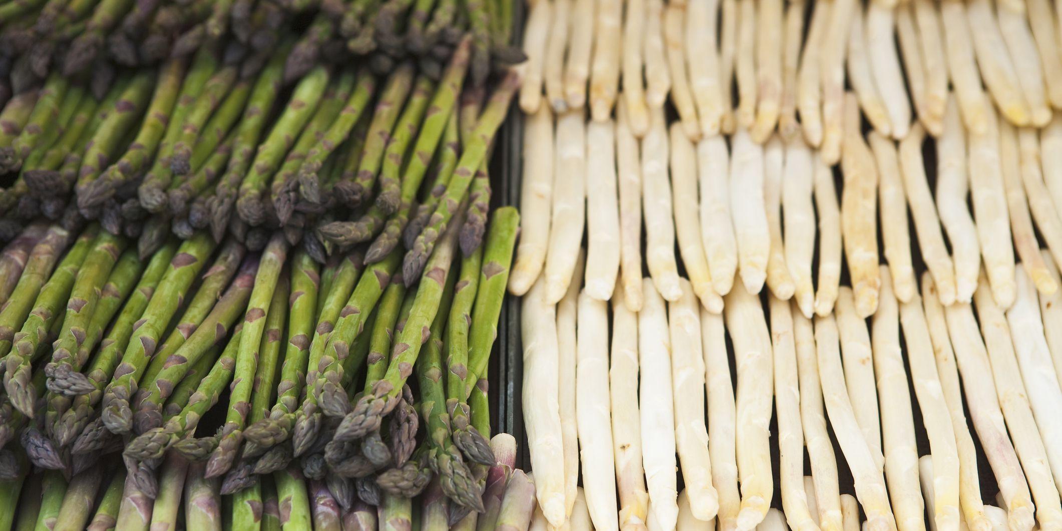 Groene en witte asperges: ze zijn er weer!