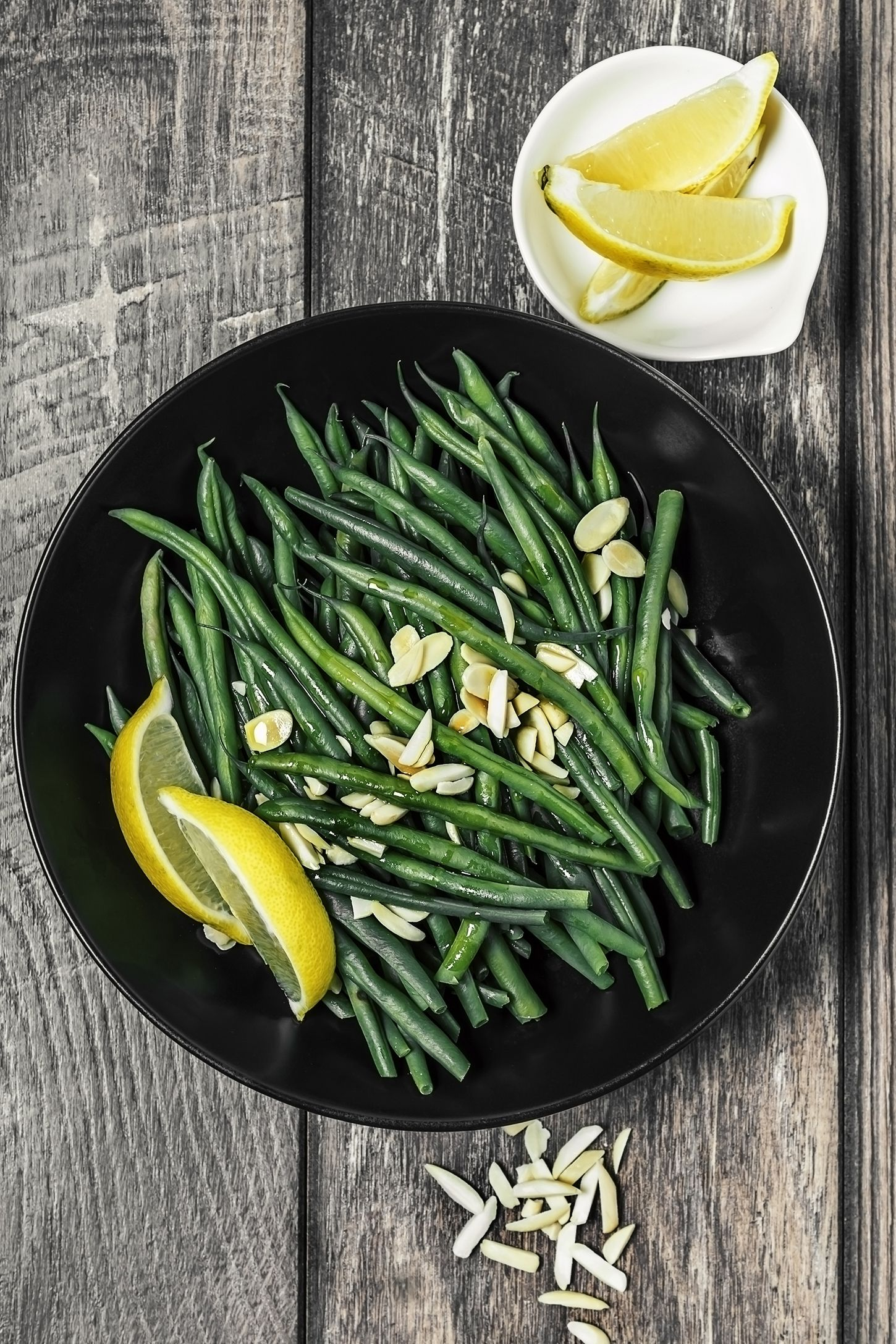 roasted green beans with preserved lemon and pine nuts
