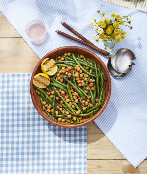 green beans with crispy chickpeas