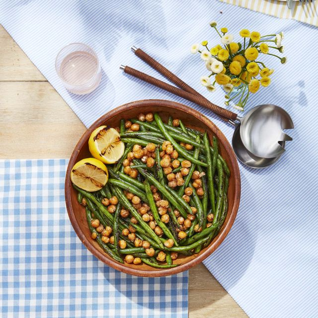 green beans and crispy chickpeas