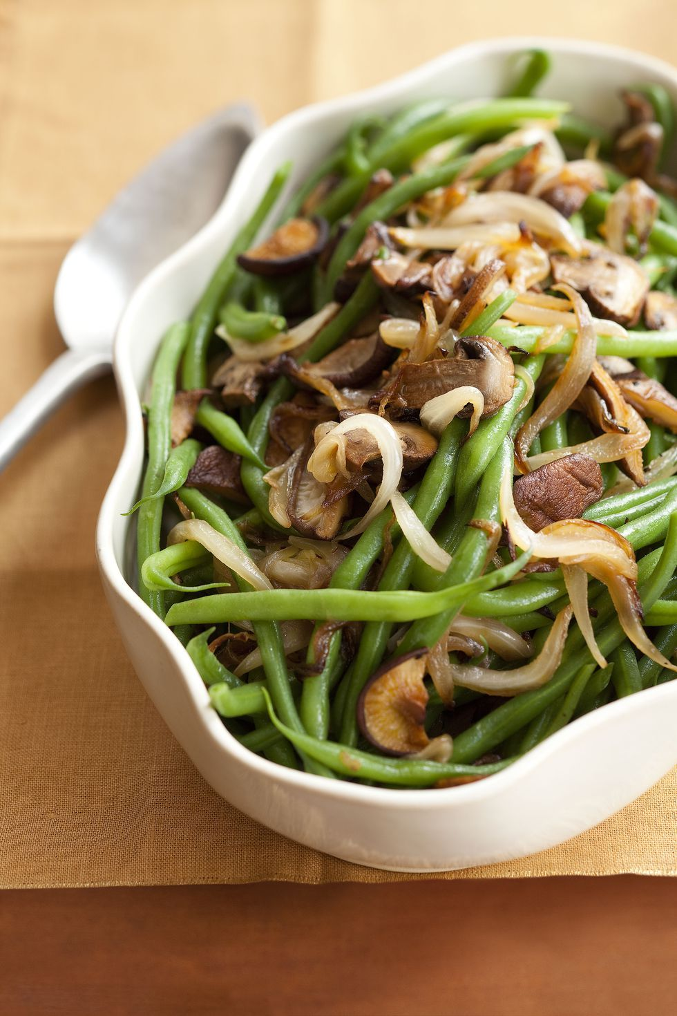 green beans with mixed mushrooms