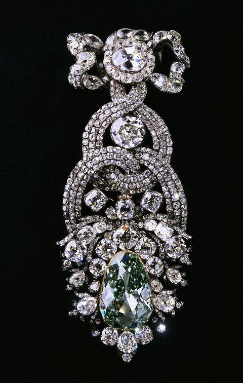 the dresden green diamond brooch