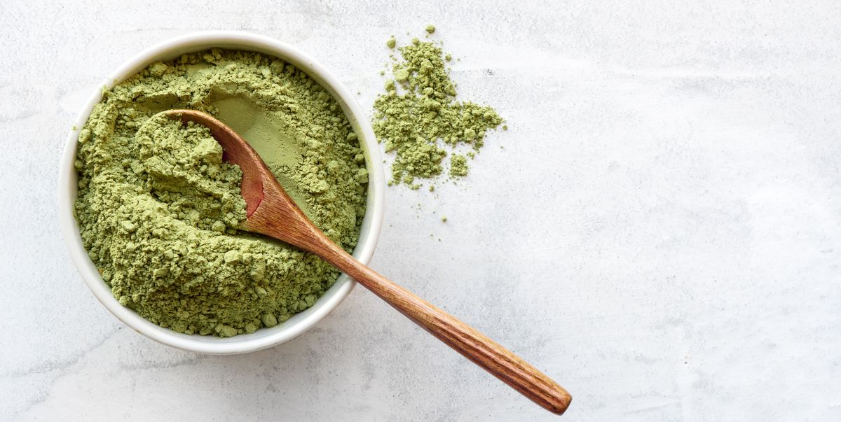 What Are Greens Powders? Best Greens Superfood Powders To Buy