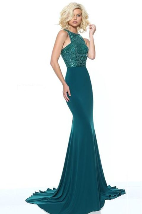 10 Cute Mermaid Prom Dresses That Will Make You Feel Like Ariel