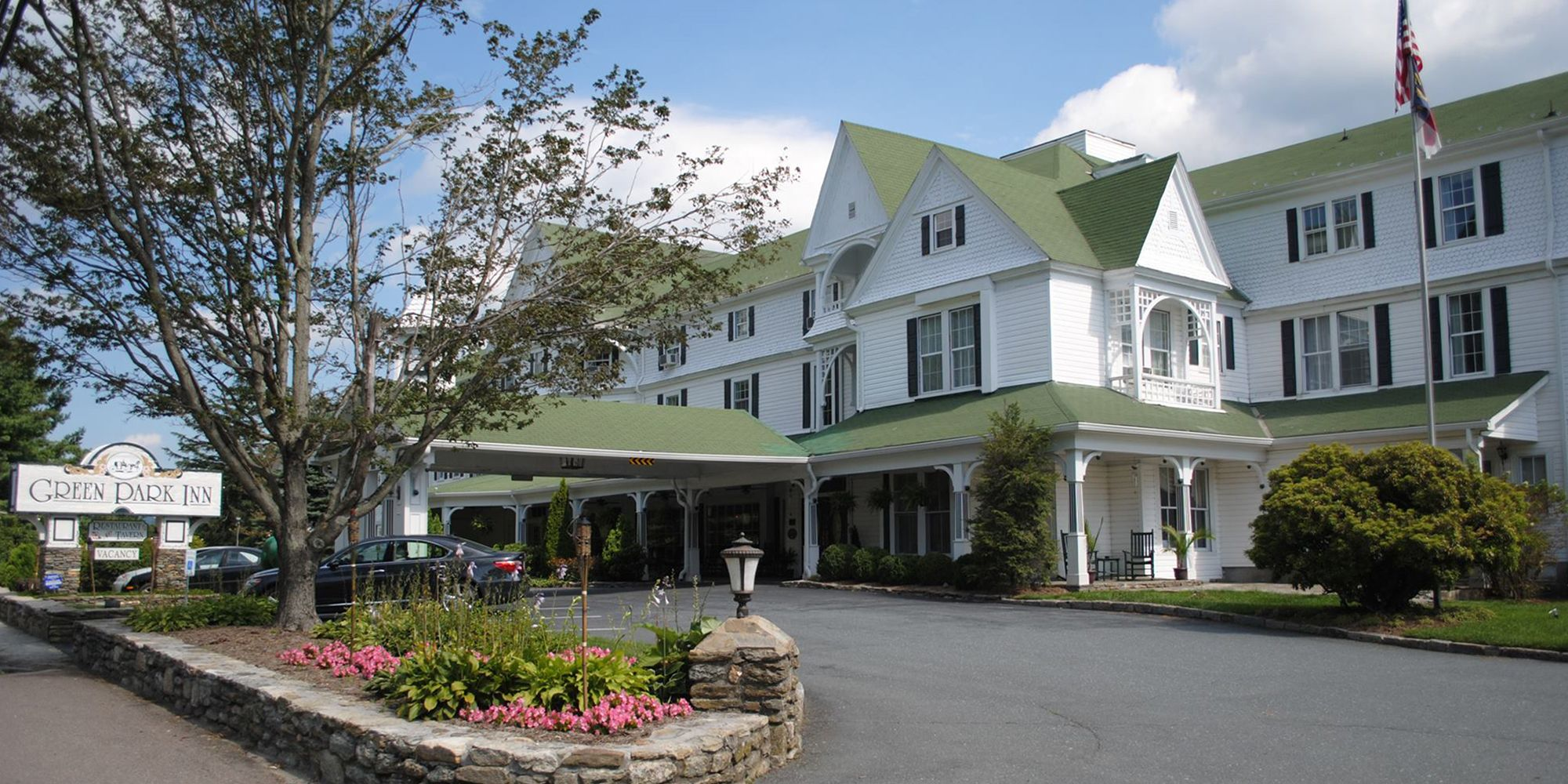 the 11 most haunted hotels in america - haunted hotels to visit in