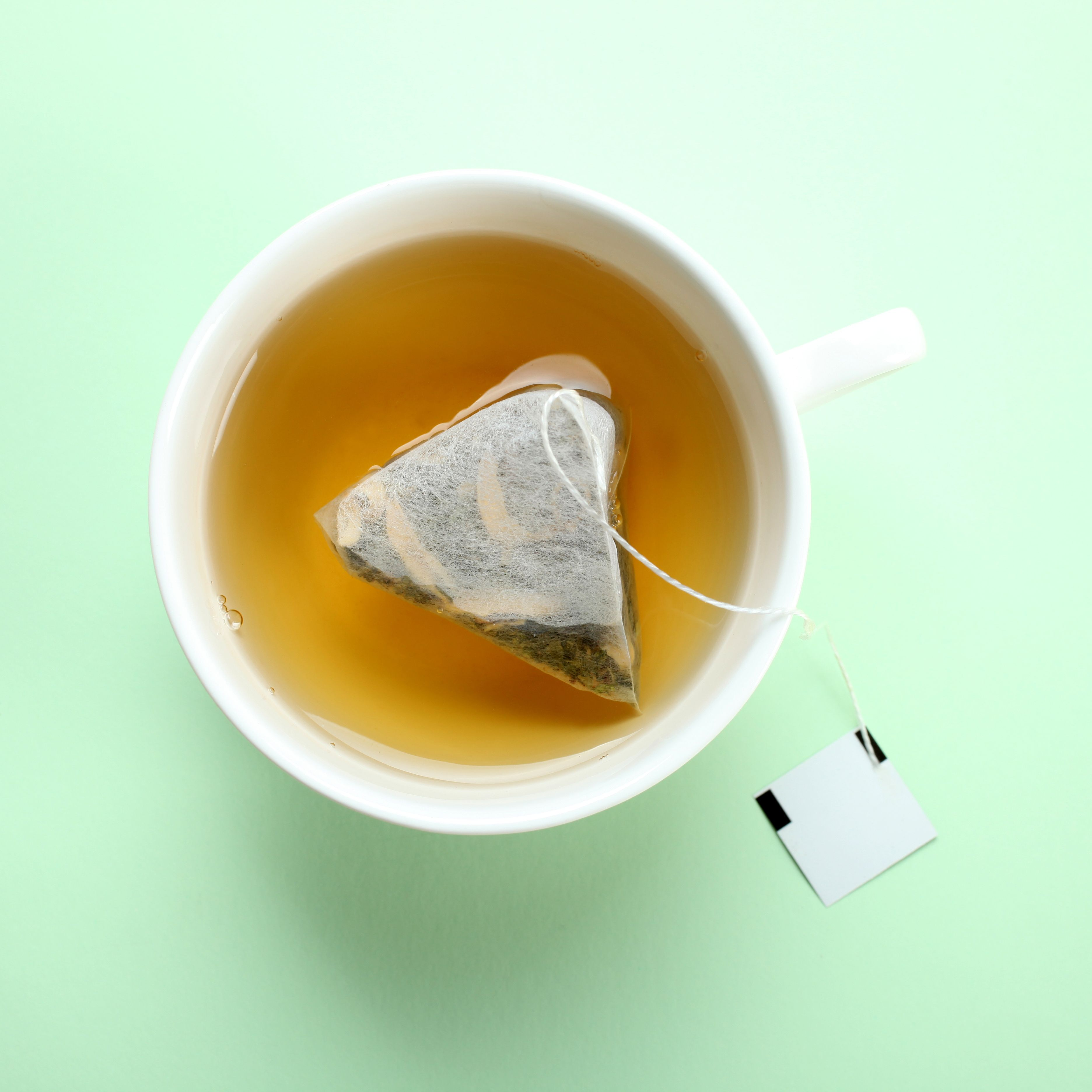 Dietitians Explain How Tea Cleanses Work—and Why They Could Make You Really Sick