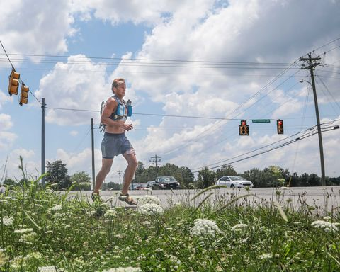 A Man Just Won a 310-Mile Race Across Tennessee Wearing Sandals
