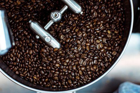 Caffeine, Single-origin coffee, Kapeng barako, Java coffee, Food, Coffee, Jamaican blue mountain coffee, Cup, Plant, Bean,