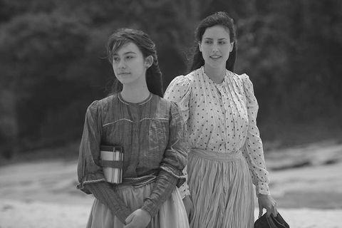 """Greta Fernández y Natalia de Molina en """"Elisa y Marcela"""""""