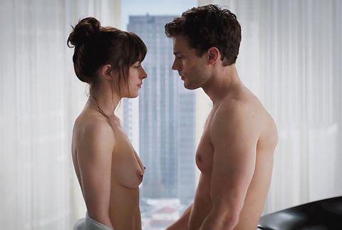 """Dakota Johnson y Jamie Dornan en """"Cincuenta sombras de Grey"""""""