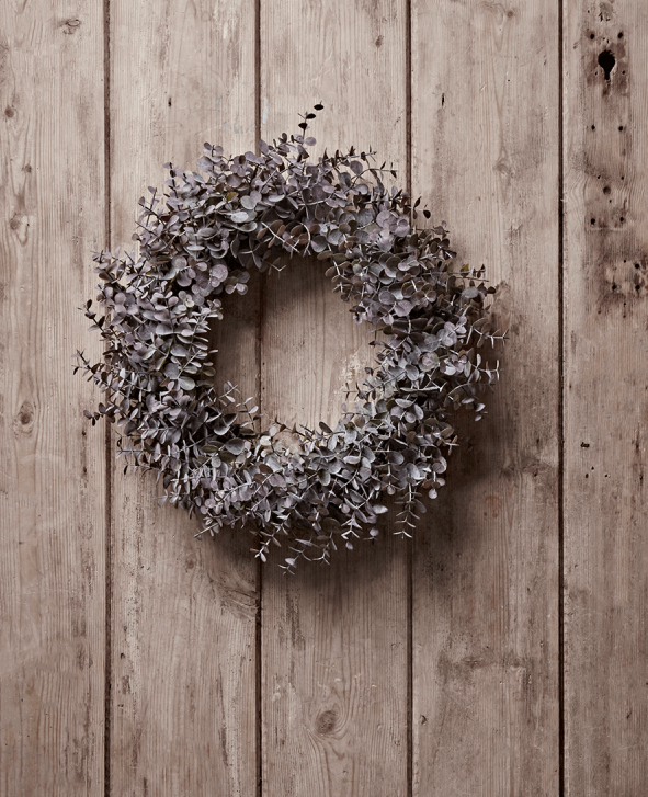 The Best Artificial Christmas Wreaths