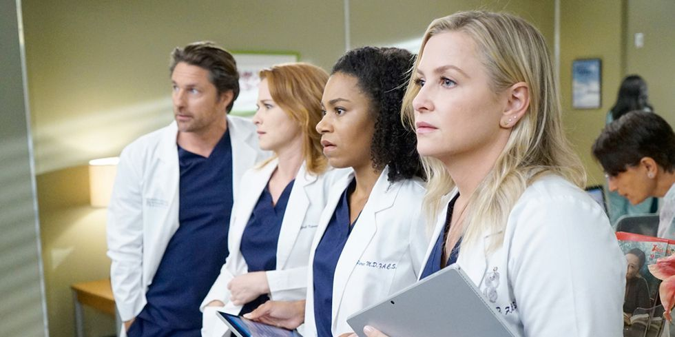 Two Major Cast Members Are About to Leave Grey's Anatomy